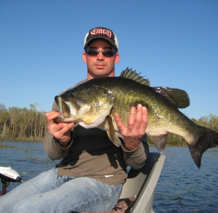 Steve Caldwell with a nice 11 lb fish from Oakwood Lake Leon